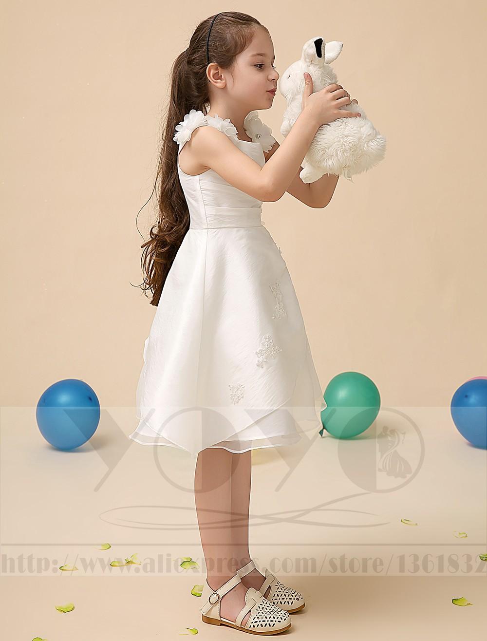 Скидки на Роскошный атлас цвета слоновой кости Цветок девушке Платье с аппликацией дети вечернее платье Девушки красивые маленькие девочки платья