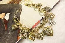 Luxury fashion heart flowers all-match fashion gold alloy bracelet(China (Mainland))