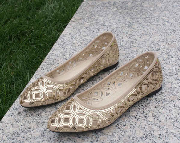 Free shipping 2014 new Hand- embroidered beads hollow mesh flat shoes large size shoes flat heels shoes sandals(China (Mainland))