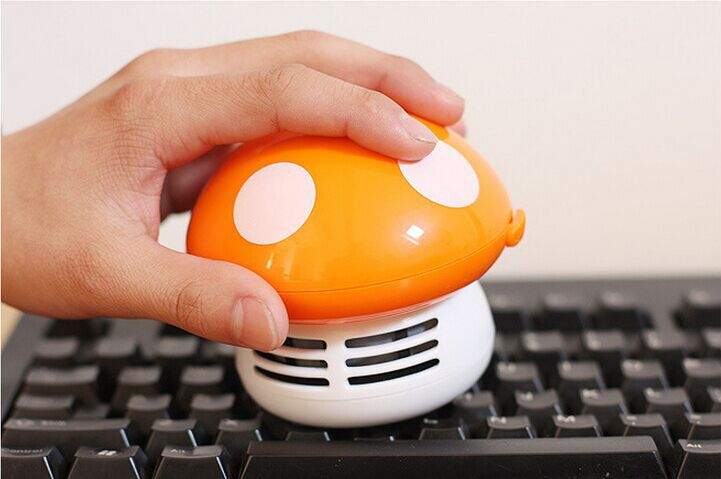 50pcs/lot Colored Household Mushroom Shaped Mini Vacuum Dust Cleaner for Laptop Keyboard Desktop Vacuum Cleaner desk cleaner(China (Mainland))