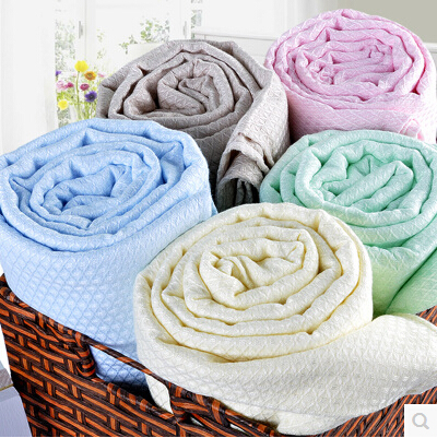 No more kicking off the covers to stayNo more kicking off the covers to staycool! OurNo more kicking off the covers to stayNo more kicking off the covers to staycool! Ourblanketsregulate your temperature for a better night's sleep! Money Back Guarantee & Free Shipping!