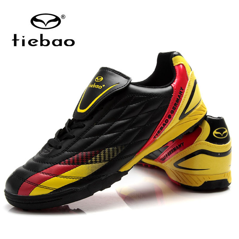 indoor Soccer boots high quality world cup version men's rubber durable soccer athletic shoes football shoes boots for training(China (Mainland))
