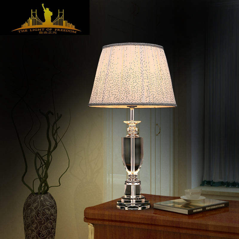 High End Decorative Living Room European Style Luxury Crystal Table Lamp Stud