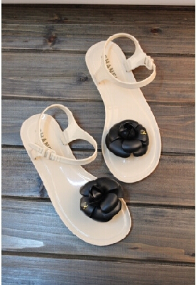 2015 Woman Summer Sandals Camellia Slippers Jelly Flip Flops Beach Sandalias Femininas Flat Jelly brand Designer Sandals Channel(China (Mainland))