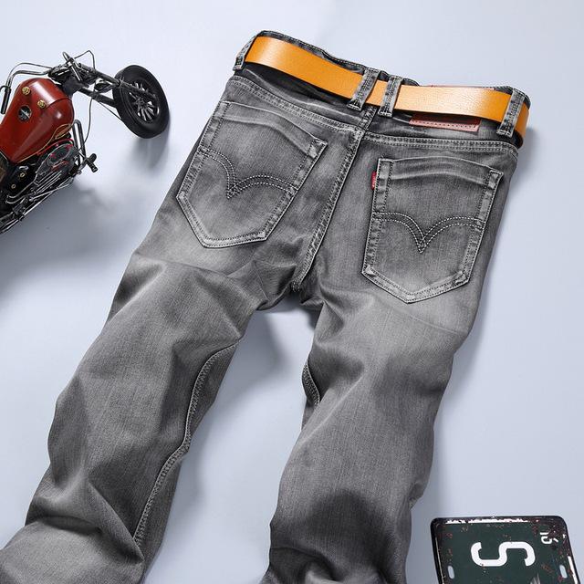 Новые 2016 знаменитый бренд мужчин джинсы Летом серый стрейч тонкий середина талии ...