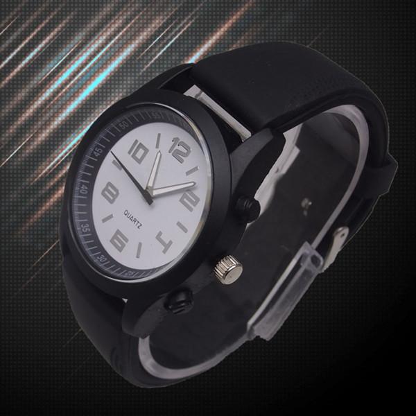 new 2015 Hot Fashion New Hot Brand designer logo Sport Men WoMen Watch Gift Army Sport Style Silicone Bracelet Wrist Watch(China (Mainland))
