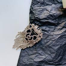 Pesona Perhiasan Vintage Emas Hollow Keluar Geometris Square Bros Handmade Wanita Cardigan Selendang Bros Mantel Lencana Kerah Pin(China)