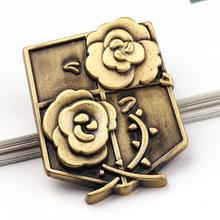 Nova moda japão anime jóias ataque em titan pinos broche legiões emblema lapela pino broches para fãs coleção(China)