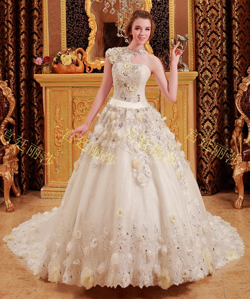 The gallery for real flower wedding dress for Wedding dress made of flowers