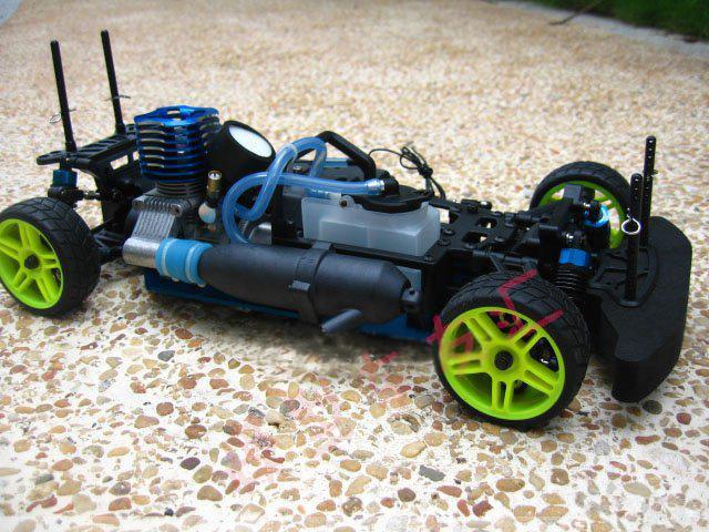 Радиоуправляемые машины с бензиновым двигателем своими руками 16