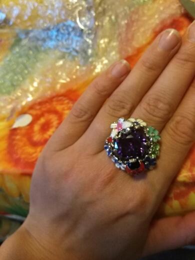 Кольцо красивое, как на картинке. Доц Москвы шло примерно 3 недели.