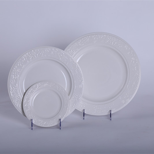 Hot Selling Round Pure White Flower Engraving Ceramic Plate Dish for Dinning 3 Pieces Modern Home Decor Solid Kitchenware(China (Mainland))
