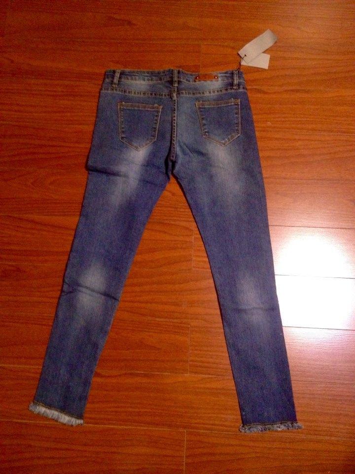 Нормальные джинсы